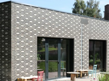 Loft ONYX maçonnerie en damier avec briques blanches
